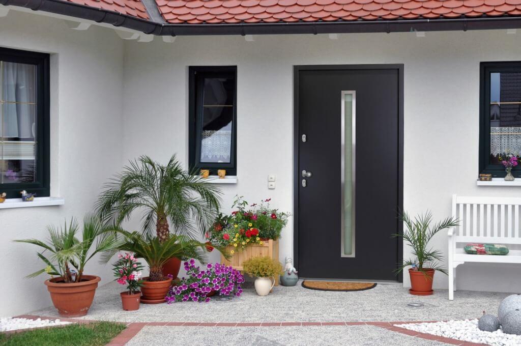 nebeneingangst r aus holz kunstoff oder alu g nstig bei kuporta kaufen. Black Bedroom Furniture Sets. Home Design Ideas