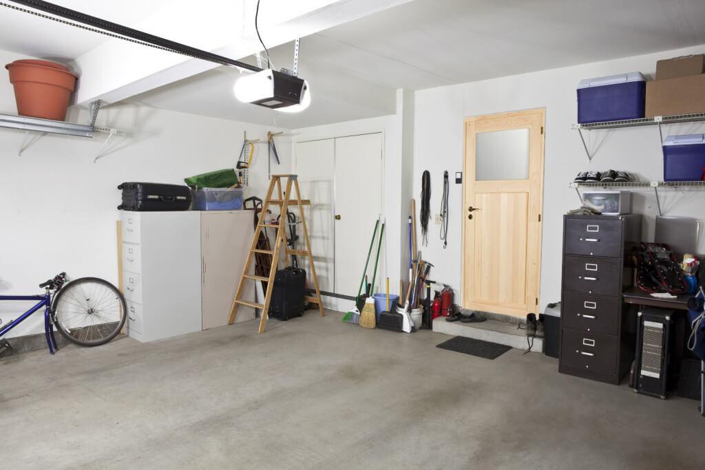 Nebeneingangstür Landhaus Mehrzwecktür Holz Fichte Roh Mod. Schönborn /  SIZE Art. Nr.: M01040. Preis: Ab 969u20ac